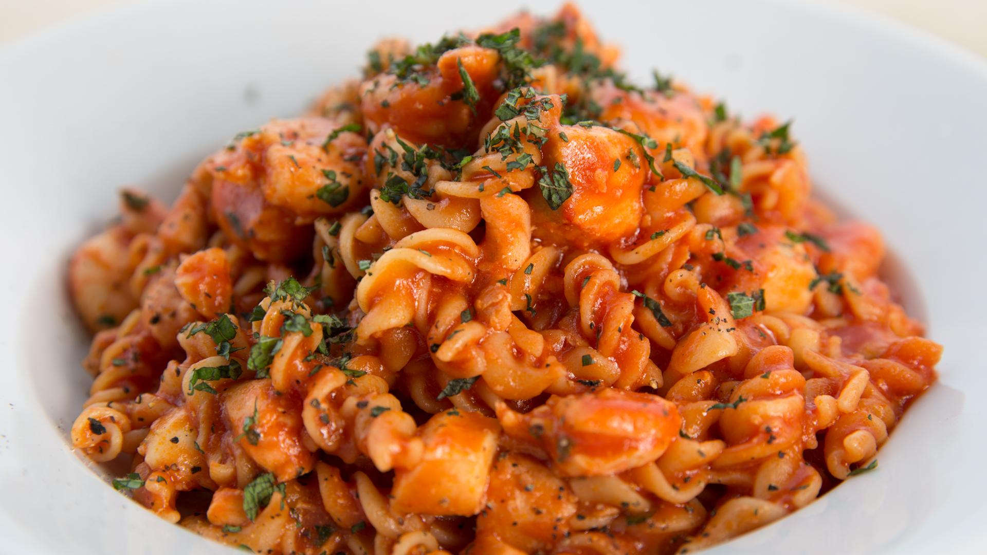 2017 OOTB ep 197 One Pot Seafood Fusilli